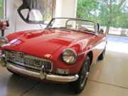 mg mgb MG MGB two door convertible